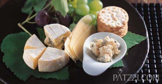 와인대접할때 치즈로 준비하세요